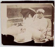 Pierre Bonnard, Misia et Edwards assis sur le pont du yacht