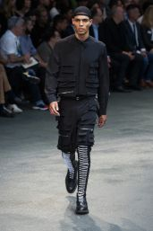 Givenchy-2015-Hombres-Primavera-Verano-Paris-Fashion-Week-046