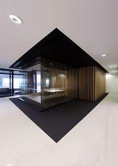 Black & white floor | flooring | | design |  | moderndesign | http://www.ironageoffice.com/