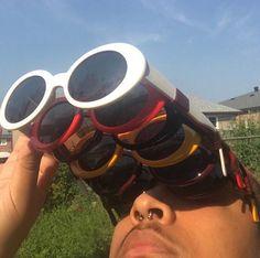 sevdiğim bey; gözlüklü kızlar çok tatlı ben;