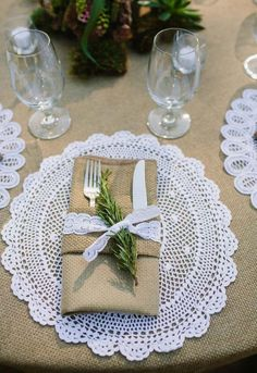 31 Ideas for a Neutral Wedding Color Palette This beige and white table setting plays with texture, from a burlap napkin holder and tablecloth to a crochet doily and lace napkin ring. A sprig of sage adds a splash of color. White Table Settings, Wedding Table Settings, Place Settings, Setting Table, Doily Wedding, Rustic Wedding, Lace Tablecloth Wedding, Burlap Tablecloth, Wedding Burlap