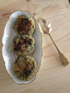 Se não tiver grelos pode usar a couve do caldo verde ou quaisquer legumes que tenha no frigorífico