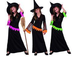 Ce costume est composé d'une robe noir colorée au niveau de la ceinture et au manches, les avants bras sont en dentelle avec des motifs de toiles d'arraignées et un chapeau pointu Fantasia Disney, Halloween Infantil, Buy Costumes, Halloween Disfraces, Dress Hats, Clothing Websites, Fancy Dress, Top Sales, Cool Things To Buy