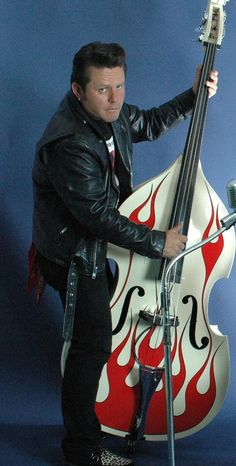 Gavin Jones  w/ King Double Bass Road King 2005