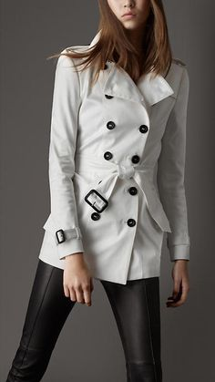 GroupAngle | Tasha23 - Collections - Burberry - SHORT COTTON BLEND TRENCH COAT - Article 38045261