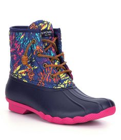 christmas clearance, top quality UGG BOOTS on sale, HOT-SELLING ugg boots clearance, cheap discount ugg boots wholesale. Ugg Winter Boots, Winter Boots Outfits, Outfit Winter, Snow Boots, Duck Boots Outfit, Sperry Saltwater Duck Boots, Ugg Boots Clearance, Sperry Duck Boots, Boating Outfit