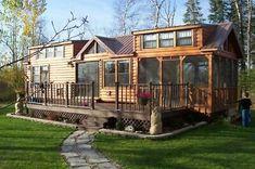 Tiny House Cabin, Tiny House Living, Tiny House Plans, Tiny House On Wheels, Tiny House Design, Tiny House On Trailer, Home Depot Tiny House, Small Log Cabin Plans, Small House Kits