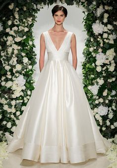 V-Neck silk ball gown wedding dress with lace bodice I Anne Barge I http://knot.ly/6495BZM1V