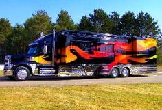 Heavy Duty RV Maker of Huge-Ass RVs Considers Hybrid, Hydrogen-Assisted Powerplant