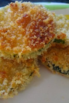 Zucchini Parmesan Crisps - Light, flavorful and delicious...