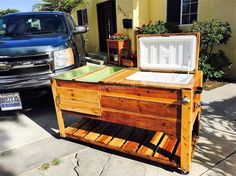 Pallets Furniture 49 Inspiring Pallet Recycling Design Ideas That Looks Cool Wooden Pallet Crafts, Wood Pallet Recycling, Diy Pallet Projects, Pallet Ideas, Wood Ideas, House Projects, Pallet Lounger, Diy Pallet Sofa, Wood Pallet Furniture