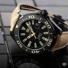 With its black matt case and sand-coloured detailing the TAG Heuer Aquaracer Calibre 5 Black Titanium sets itself apart emerging from the crowd tocapture everyone's heart.#DontCrackUnderPressure #Reloj #Watchoftheday #watchofinstagram #watchlover #style