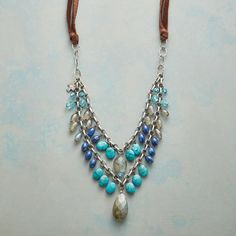 BLUES TEMPO NECKLACE