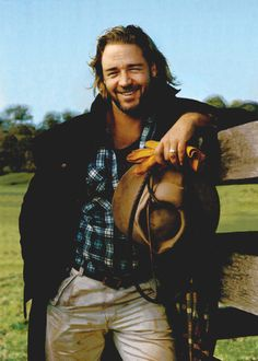 Russel Crowe    ASDFDDDD COWBOY