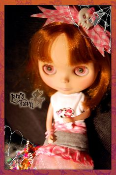 The orphanage children-OOAK HALLOWEEN Custome Set for Blythe Dolls    --------------------  El Orfanato it`s such a great movie that inspired this set. Intending to be one of the children that was that afternoon in the custome party.   A very childish dr Promotional products for Halloween
