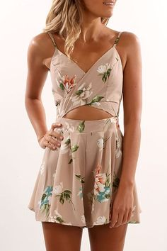 Summer Outfits For Teen Girls 29 Zomeroutfits voor tienermeisjes 29 Boho Outfits, Fashion Outfits, Teen Outfits, Shorts Outfits For Teens, Floral Outfits, Vegas Outfits, Fashion Trends, Fashion Belts, Fashion Bloggers