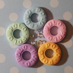 5 Pastel Polo Charms