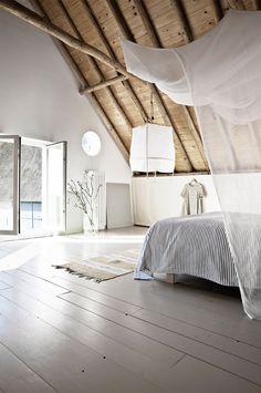 Chambre sous les toits / Bedroom under the roofs / Tendance : la Z1 lamp par Nelson Sepulveda - FrenchyFancy