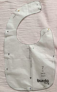 Coin Couture, Baby Couture, Baby Bib Tutorial, Baby Bibs Patterns, Baby Dress Design, Hand Embroidery Videos, Bib Pattern, Baby Sewing Projects, Frocks For Girls