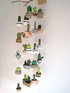 móvil de cactus