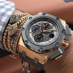 Zoom in on today's wristgame! Enjoy your Sunday! #balls #evil eye
