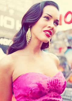 Love the bold colors! And of course... it's gorgeous Megan Fox... ghhhh