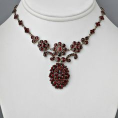 Antique Victorian Necklace Rose-cut Garnets Czechoslovakia