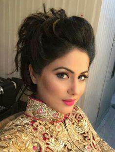 Hina khan(Akshara)