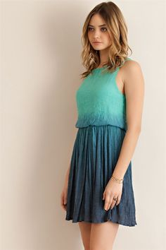 Ombre Crinkle Dress – ROUTE 32