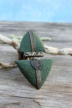 Green Art Deco Pendant Necklace Bohemian Pendant Large Pendant Gift Inspired Jewelry Gift for Her Statement Necklace Boho Necklace Le land