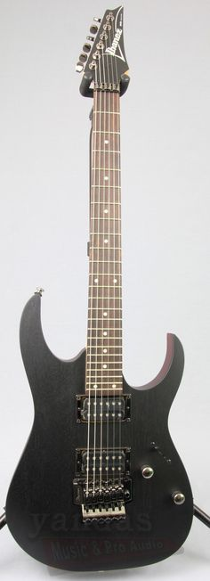 Ibanez RG420WK Weathered Black New For 2016 An Icon to shredders across the globe, the Ibanez RG is the one of the most recognizable rock machines on the market. The RG420 is a double cutaway featurin