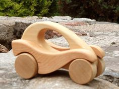 Wooden Toy Cars, Wood Toys, Scrap Wood Projects, Cool Woodworking Projects, Bamboo Crafts, Wooden Crafts, Wooden Toys For Toddlers, Wood Games, Handmade Wooden Toys
