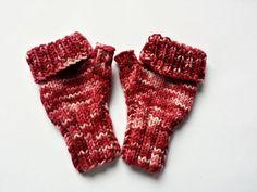 Baby Armstulpen fingerlose Handschuhe Bordeaux von frostpfoetchen