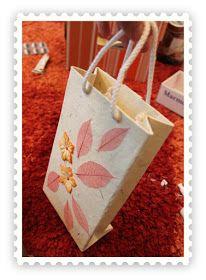 Kädenjälkiä - handmade by Eva: Lahjakassi Diwali Diy, Paper Shopping Bag, Handmade, Gifts, Bags, Decor, Packing, Party, Craft