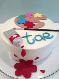 Painters pallet birthday cake for a girly craft party
