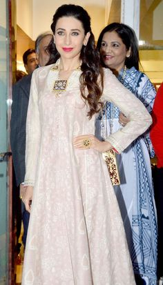 """The beautiful Karisma Kapoor looked gorgeous in her ethnic ensemble while unveiling the new jewellery line by designer Sunita Shekhawat. """"Repinned by Keva xo""""."""