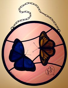 Hand painted butterfly stained glass panel  Vetrata artistica a piombo con farfalle dipinta con la tecnica della grisaglia. Stained Glass Panels, Handmade, Glass, Lights, Beauty, Stained Glass Windows, Hand Made, Arm Work