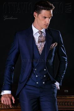 Waisted Italian navy blue suit with classic lapels, 2 mother of pearl buttons, … - Men's Fashion Guide Blue Suit Men, Navy Blue Suit, Blue Suits, Wedding Men, Wedding Suits, Costume Bleu Marine, Midnight Blue Suit, Suit Fashion, Mens Fashion