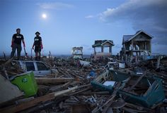 Typhoon Haiyan: A crisis by the numbers - World News=====As of November 13, 2013, the Philippines branch office of Jehovah's Witnesses in Manila reported that 27 Witnesses have been confirmed dead. Well over 100 homes of the Witnesses and five places of worship were destroyed....www.jw.org
