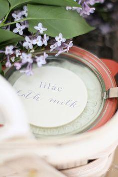 homemade lilac milk bath in only 4 minutes Diy Hanging Shelves, Diy Wall Shelves, Mason Jar Crafts, Mason Jars, Homemade Mothers Day Gifts, Diy Blanket Ladder, Bath Recipes, Milk Bath, How To Make Paper