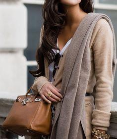 Gold nails, long hair