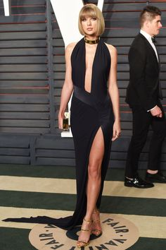 Taylor Swift in Alexandre Vauthier at the Vanity Fair Oscars Party