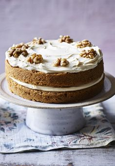 Mary Berry's coffee and walnut cake is so easy, well, it's a piece of cake! Great for Mother's Day.