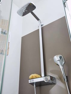 Modern bathroom shower: The complete system for all showering needs #hansgrohe #raindance E #Showerpipe