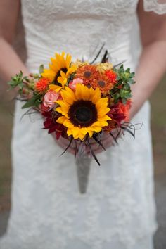 Fall wedding bouquet from rusticweddingchic.com  Something simple like this would be cute for the bridesmaids