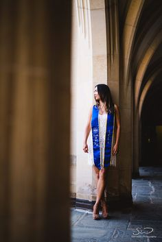 UCLA College Graduation Photo Shoot Inspiration, Pose & Outfit Ideas Soon to be college grads? Planning for your graduation photo shoot? Nursing Graduation Pictures, Graduation Picture Poses, College Graduation Pictures, Graduation Portraits, Graduation Photoshoot, Graduation Photography, Grad Pics, Graduation Ideas, Graduation Dress College
