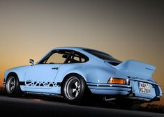 911 Carrera RS: Gulf Blue Porsche '73, 328 or J9