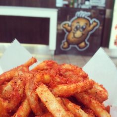 @melbreezydoe Onion Rings, Cravings, Chili, Bbq, Spices, Ethnic Recipes, Food, Barbecue, Spice