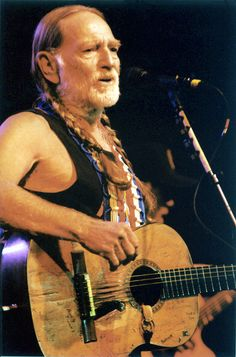 Willie Nelson music-that-i-enjoy Country Music Stars, Country Music Singers, Drama Tv Shows, Americana Music, American Legend, Amazing Songs, Stars Then And Now, Willie Nelson, Country Boys