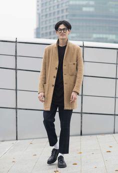 Won Joong Kim at Seoul Fashion Week #streetfashion #street #streetstyle #streetwear #style #stylish #fashion #fashionista #fashionable #fashionstyle #fashionblog #fashionmodel #korea #seoul #koreanmodel #malemodel #menswer #mensfashion #messtyle #mensstreetfashion #mensstreetstyle